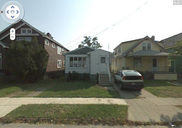 45 Allegany, the house in the middle here, where I lived 1980-84.