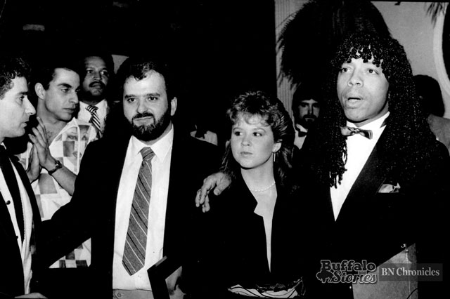 James joined by his girlfriend-- Exorcist actress Linda Blair, and Bobby Militello at Mulligans, on Hertel Avenue in 1982. (Buffalo News archives.)