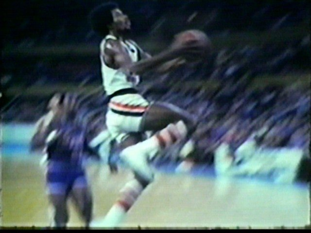 Randy Smith flies in for the lay up at Memorial Auditorium