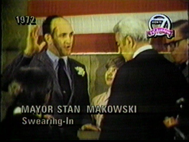 Stanleyt makowski sworn in as Buffalo Mayor