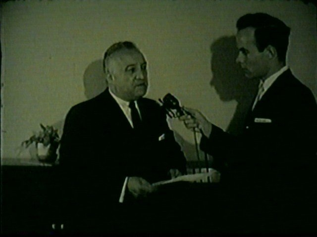 Newsman Don Keller, later known by his real name Don Yearke at Channel 4