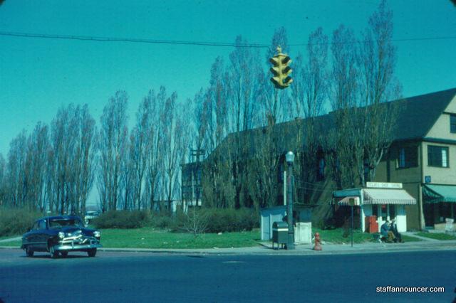 Niagara St & Ferry St
